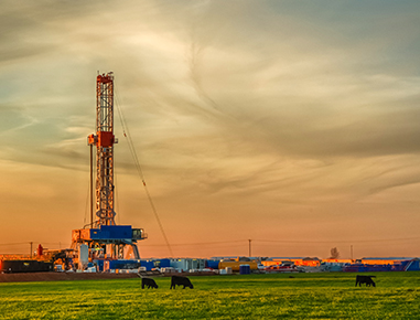 <p style='text-align:left'>Our consultants have broad experience from land drilling operations, including conventional oilwells and shaleoil/gas fraccing.</p>